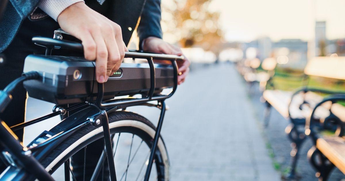 Giornata della Bicicletta, l'e-bike è un fenomeno di costume