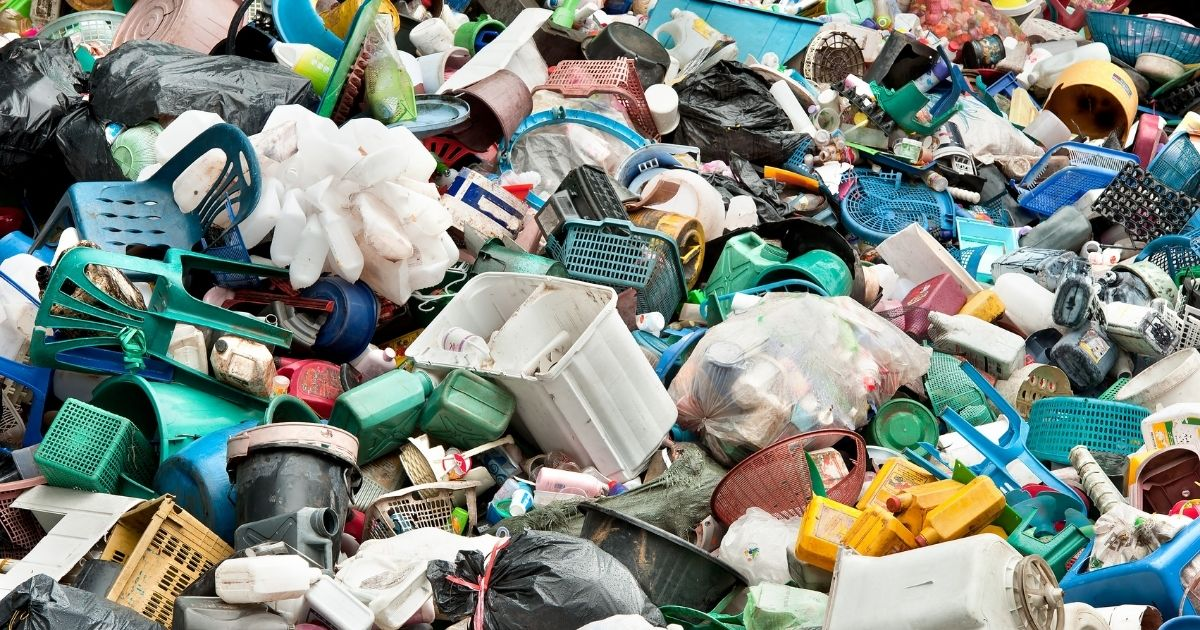 Vietati i prodotti in plastica monouso: ecco quali